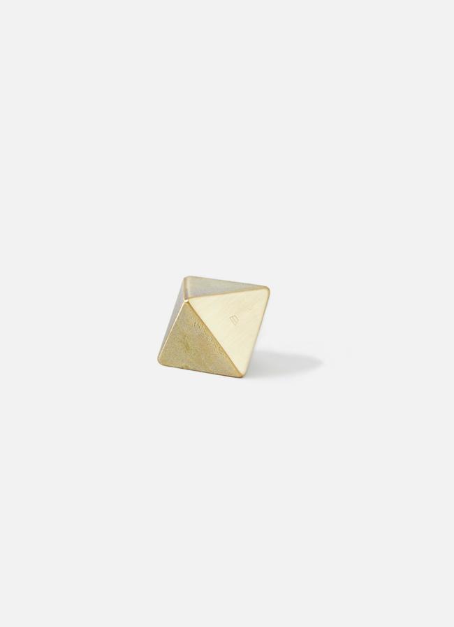 Futagami – Ihada Paper Weight Triangle