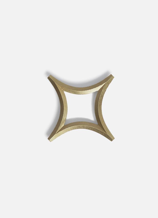 Futagami – Trivet – Star